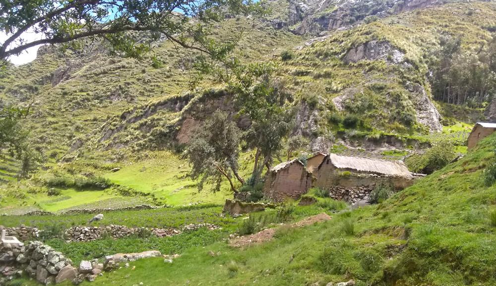 Ayni Peru Ananizo Village